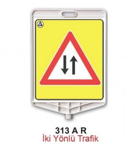 İki Yönlü Trafik Levhası 313